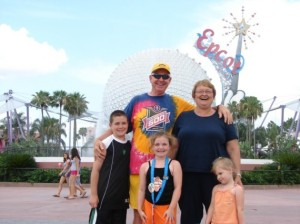 Grandparents-and-Grandkids-Epcot-570x427