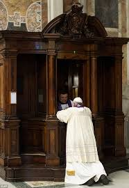 pope frances going to confession
